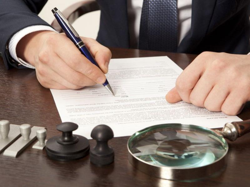 Как расторгнуть договор дарения квартиры и вернуть дар обратно?